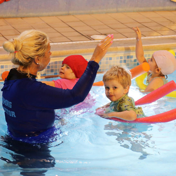 Swimming lessons at Hook Swim School